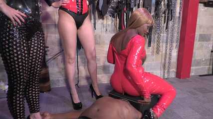 Lady Bellatrix, Mistresses Tiffany and Ava Farty Face Sitting (HD mp4)