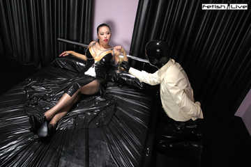 Pleasure for my foot slave Part1