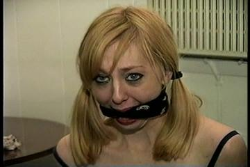 23 YR OLD AIRLINE FLIGHT ATTENDANT  HAS BEEN TAKEN HOSTAGE, BANDANNA CLEAVE GAGGED & CHAIR TIED WITH THIN ROPE (D70-13)